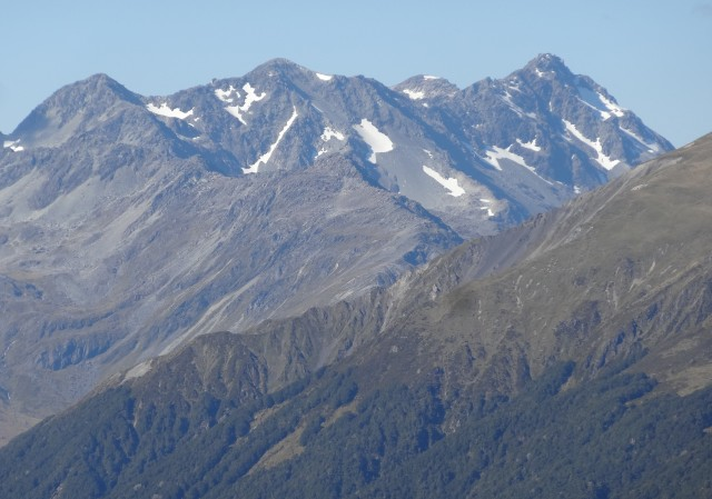 Lewis Pass tops mountains