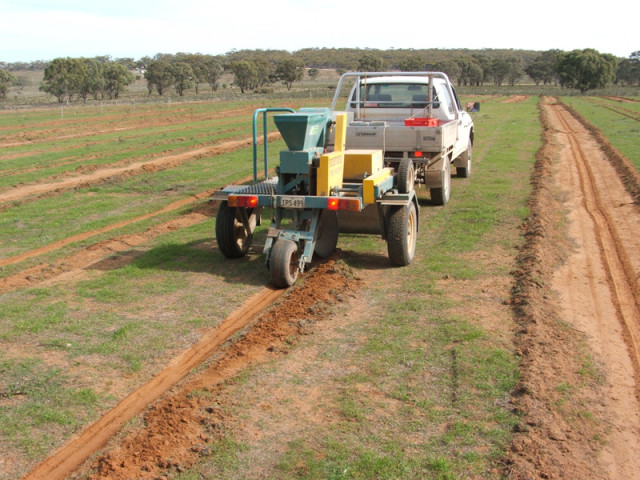 4x4 Towed-Disc-seeder